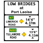 Advance information sign for low clearance